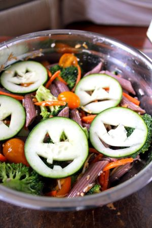 1e3f8a9fa3495dd404053648316bb49a--halloween-party-recipes-healthy-halloween